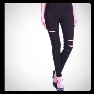 Pants - Women's High-Waist Pull-On Ripped Skinny Jeggings